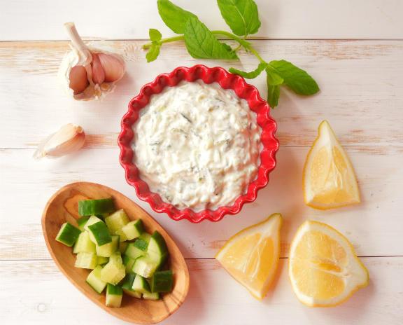 Соус Цацики — греческий соус из йогурта