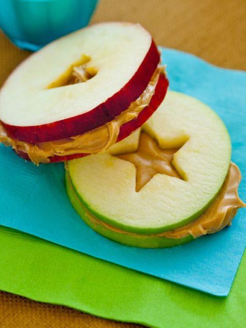 Яблочные сэндвичи с хисовой пастой