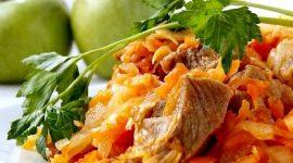 Как готовить тушеную капусту с мясом