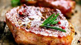 Как правильно приготовить стейк из свинины на сковороде