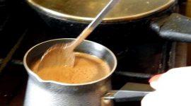 Как правильно заваривать кофе в турке дома