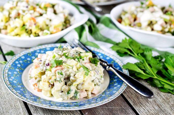 Как приготовить салат оливье с колбасой и свежим огурцом пошагового рецепта, взяв на