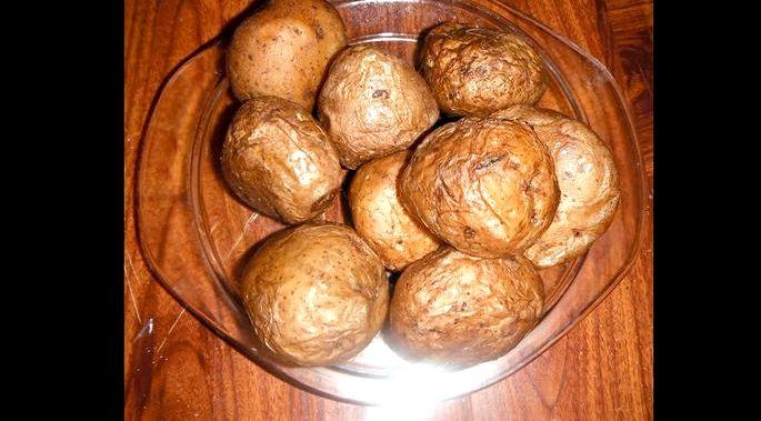 Как сварить картофель в мундире в микроволновке Отправить вариться на 15