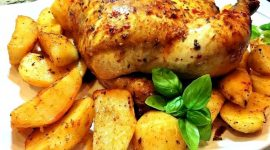 Как запечь курицу в духовке целиком чтобы была сочной