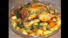Как запечь курицу в духовке целиком в рукаве