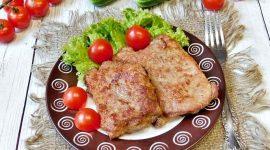 Как жарить отбивные из свинины на сковороде