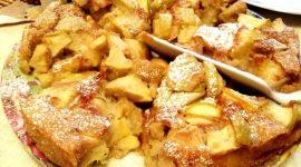 Классическая шарлотка с яблоками в духовке