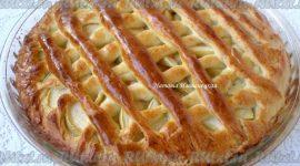 Пирог яблочный из дрожжевого теста в духовке