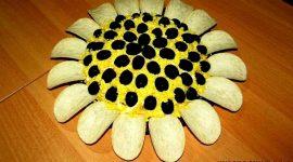 Рецепт салата подсолнух с курицей и грибами