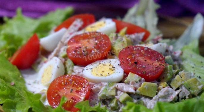 Рецепт салата с авокадо и тунцом || Салат из авокадо и консервированного тунца