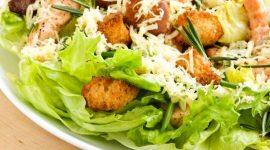 Салат цезарь с курицей классический простой