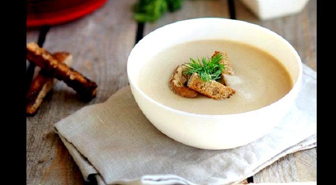 Суп пюре с шампиньонами и сливками Наличие картофеля придаст