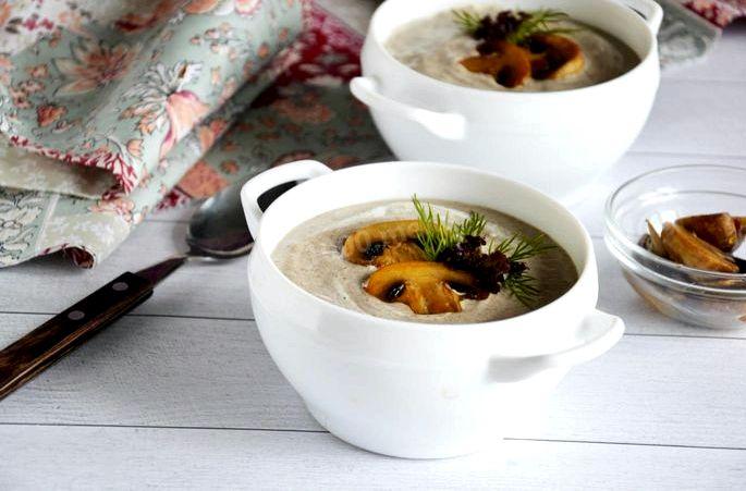 Суп пюре с шампиньонами и сливками по вкусу