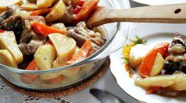 Свинина с картофелем запеченная в духовке